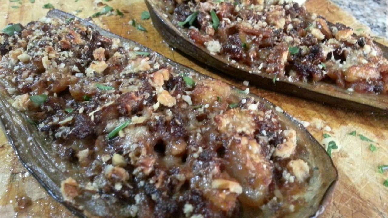 Eggplants Stuffed with meat and Mushrooms