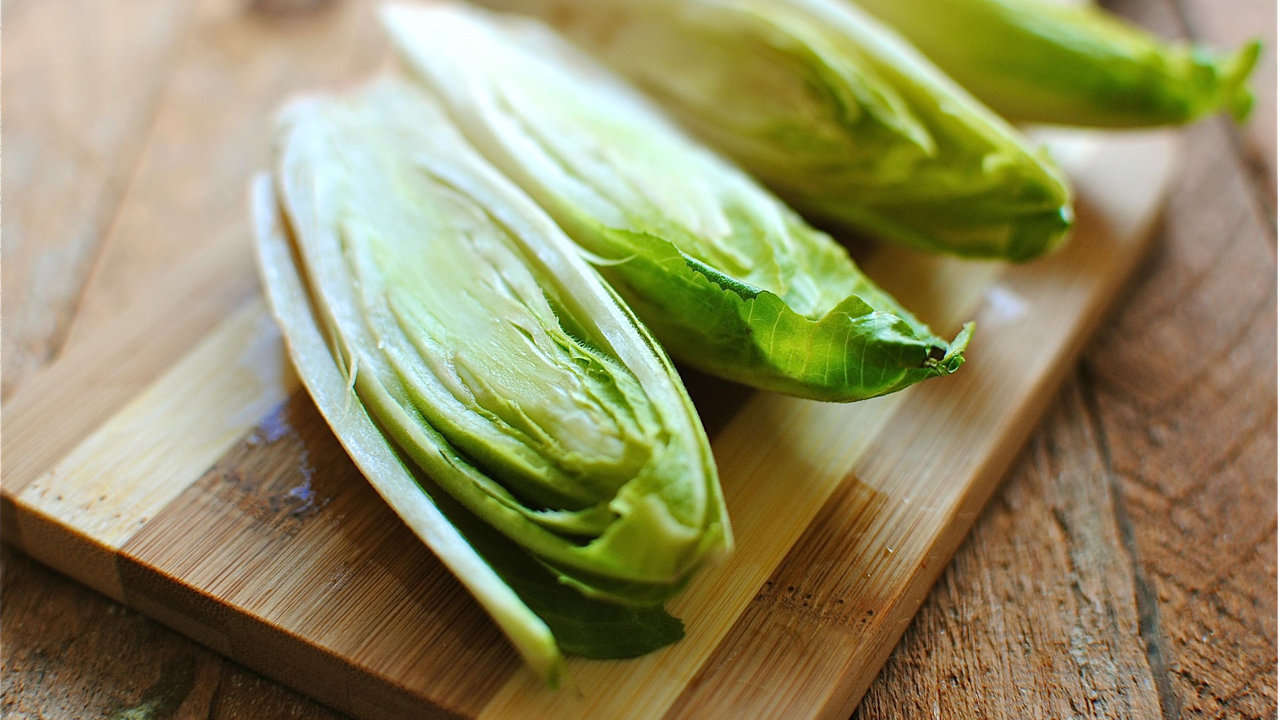CHICORY WITH ANCHOVIES