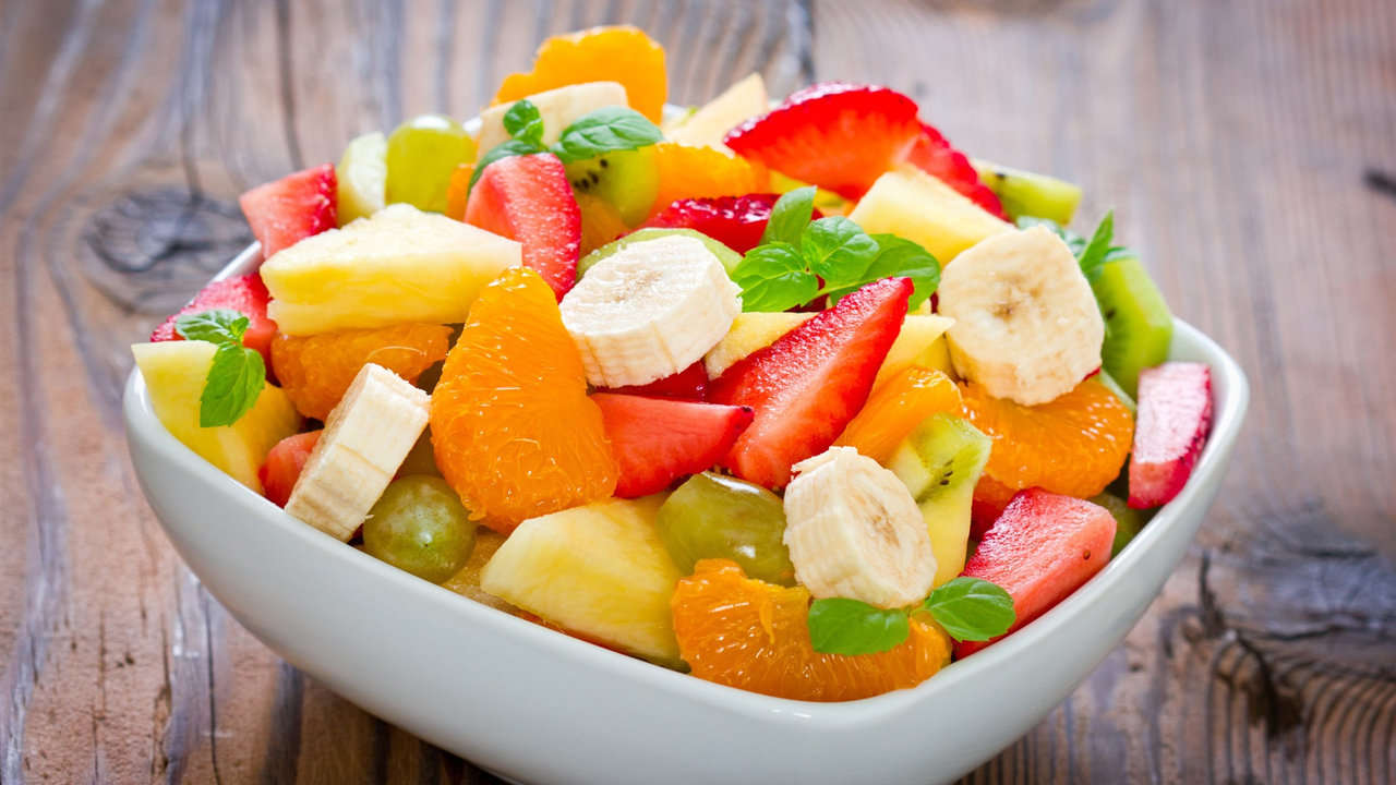 Fruit salad with peach