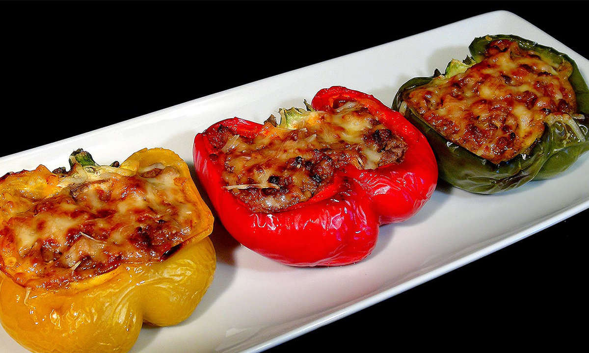 BAKED STUFFED PEPPERS WITH EGG