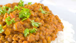 Curry rice with lentils