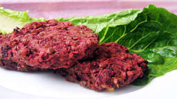 Red lentil and beet burgers