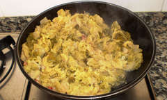 Potato and cabbage sauteed with garlic